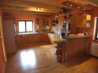 http://www.kuchynezatloukal.cz/gallery_store/tn/033.jpg